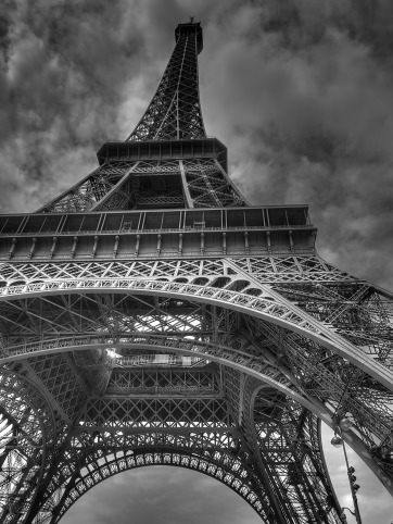 eiffel-tower-522344_1920